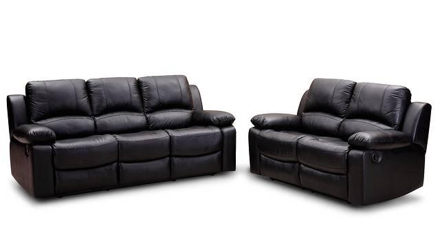 nettoyant pour meubles en cuir fait maison guide astuces. Black Bedroom Furniture Sets. Home Design Ideas