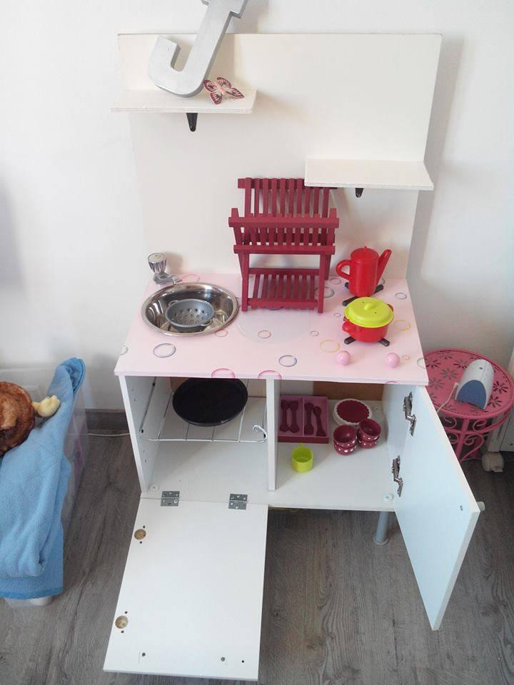 Cuisine pour enfant id e r cup guide astuces for Cuisine bois recup