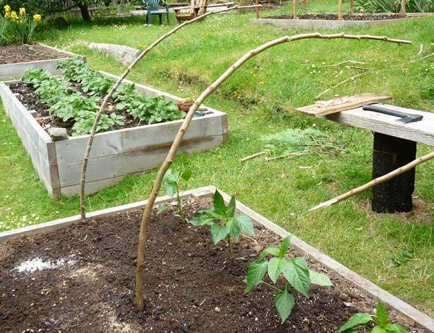 free fabriquer une serre tunnel pas chre pour le jardin with comment construire une serre pas chere. Black Bedroom Furniture Sets. Home Design Ideas