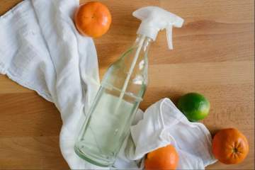 Spray nettoyant facile et naturel DIY