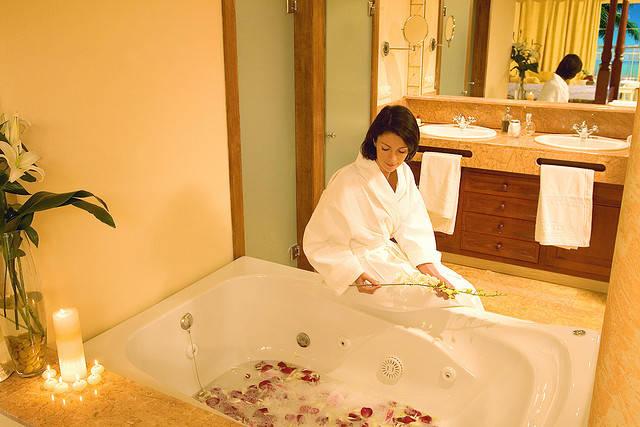 Bain relaxant au sel d epsom guide astuces for Bain relaxant maison