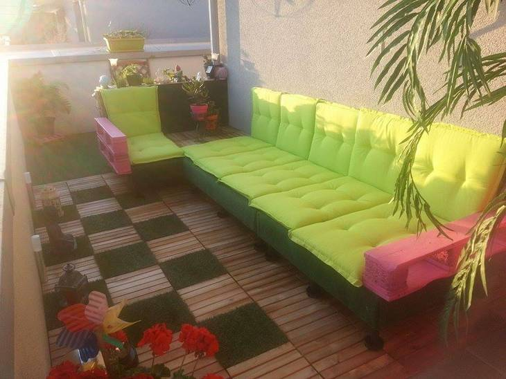 salon de terrasse en palettes guide astuces. Black Bedroom Furniture Sets. Home Design Ideas