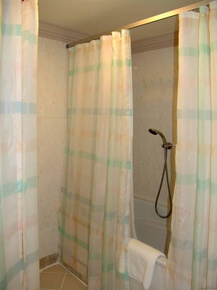 Enlever la moisissure dans la douche beautiful bricoleur for Nettoyer carrelage douche