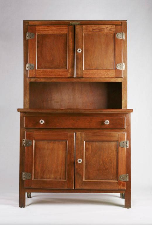 enlever l 39 odeur d 39 humidit d 39 un vieux meuble. Black Bedroom Furniture Sets. Home Design Ideas