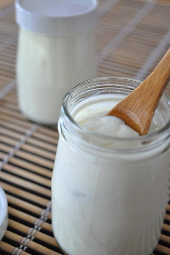 12 Recettes beauté à faire avec un yaourt nature - Guide ...