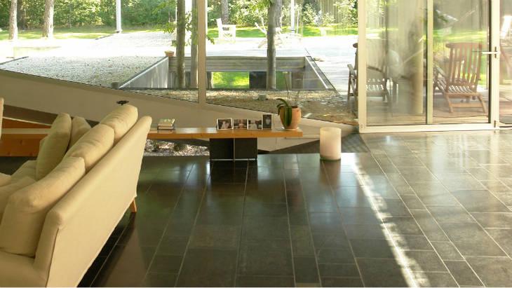 entretenir le carrelage noir ou de couleur fonc e guide astuces. Black Bedroom Furniture Sets. Home Design Ideas
