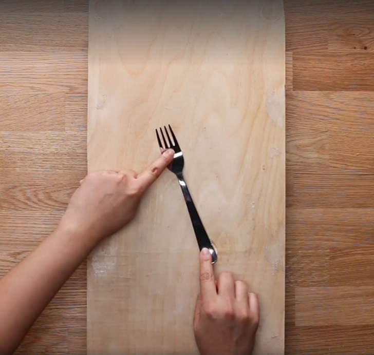 comment fabriquer un tiroir double fond guide astuces. Black Bedroom Furniture Sets. Home Design Ideas
