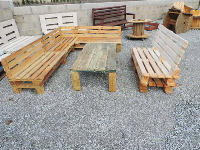 Fabrication d 39 un salon de jardin en palettes for Salon de jardin bois palette