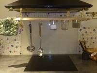 enlever une tache de cire bougie sur du bois. Black Bedroom Furniture Sets. Home Design Ideas