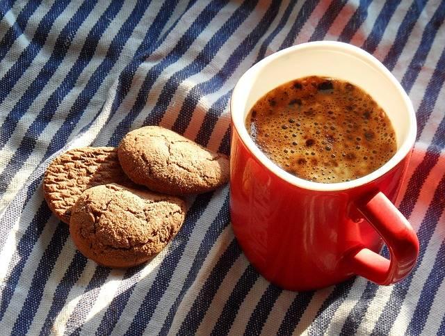 enlever une t che de caf sur une moquette ou un tapis. Black Bedroom Furniture Sets. Home Design Ideas