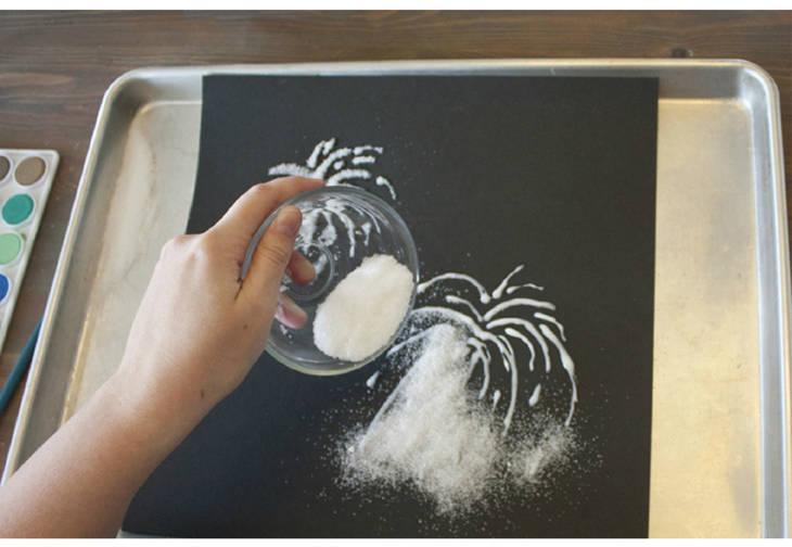 comment peindre un feu d 39 artifice avec du sel guide astuces. Black Bedroom Furniture Sets. Home Design Ideas