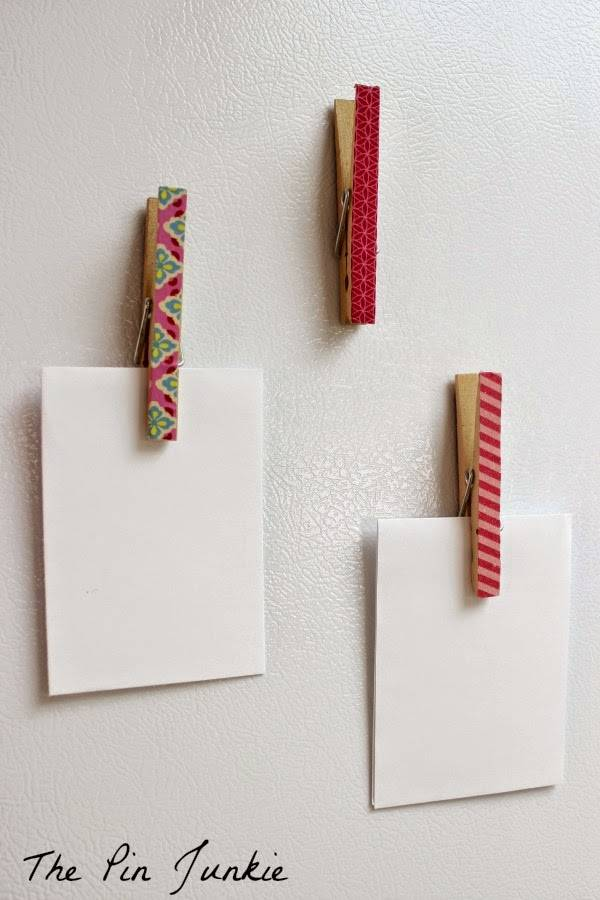 magnets porte m mo avec pinces linge et ruban adh sif washi guide astuces. Black Bedroom Furniture Sets. Home Design Ideas