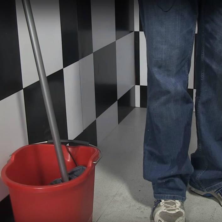 D boucher les toilettes sans ventouse ni d boucheur - Deboucher les toilettes ...