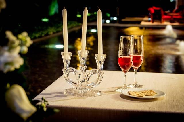 Organiser une soir e romantique guide astuces - Organiser une soiree romantique ...