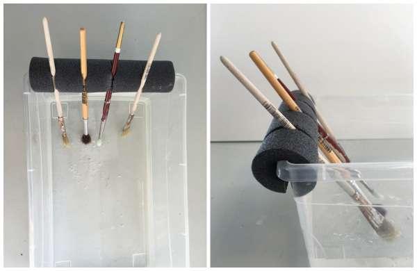 Utilisez une nouille de piscine pour retenir vos pinceaux de peinture