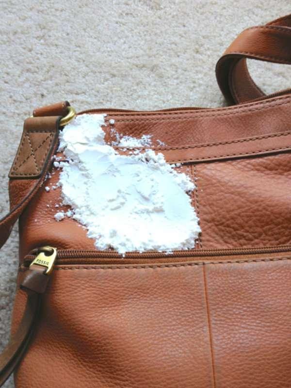 14 astuces trop top pour prendre soin de son sac main for Prendre soin de son enfant interieur