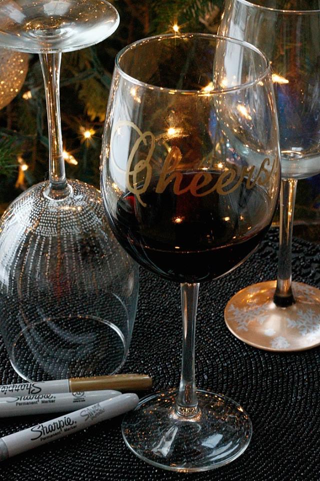 10 idées pour faire de vos anciens verres à vin de nouveaux