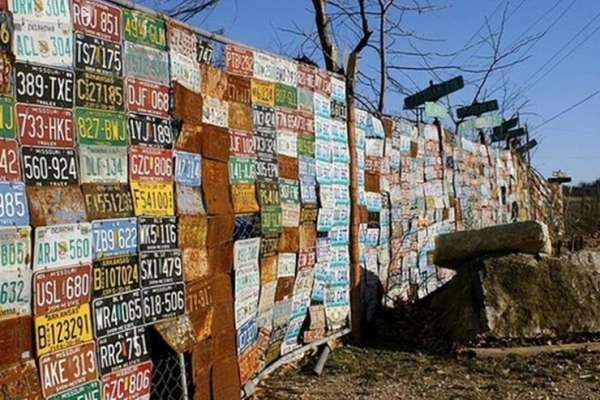 16 Idées originales pour décorer une clôture avec de la récup