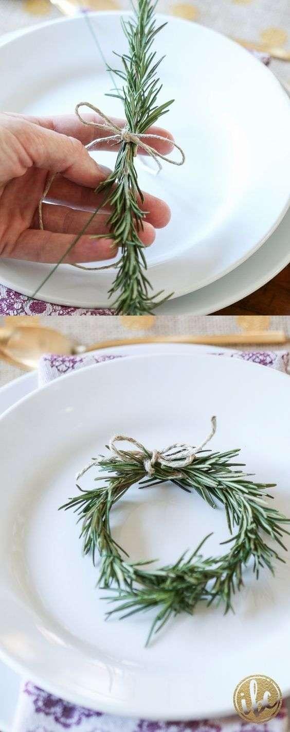 Du romarin pour créer ce petit décor assiette à l'odeur aromatique et délicieuse