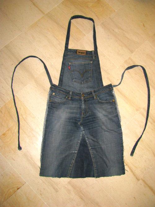 52 fa ons cr atives pour recycler vos vieux jeans guide - Patron pour faire un tablier de cuisine ...